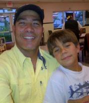 Alex y hermano