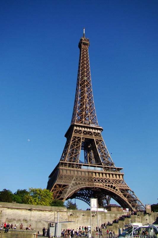 La torre eiffel algo de su historia mejor calidad de vida for Creador de la torre eiffel