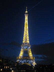 Eiffel_Tower_at_Night_by_Amberbydreams