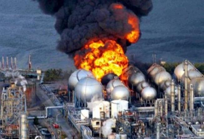 big-explosion-en-planta-nuclear-fukushima-al-noreste-de-japon-como-consecuencia-del-sismo-y-tsunami