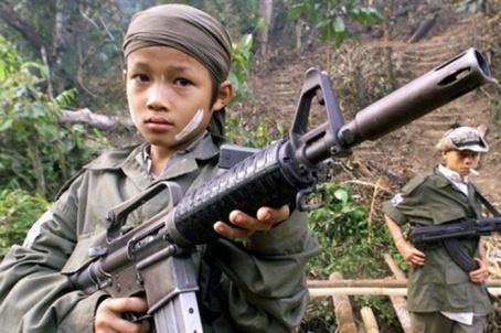 ninos-de-la-guerra-birmania